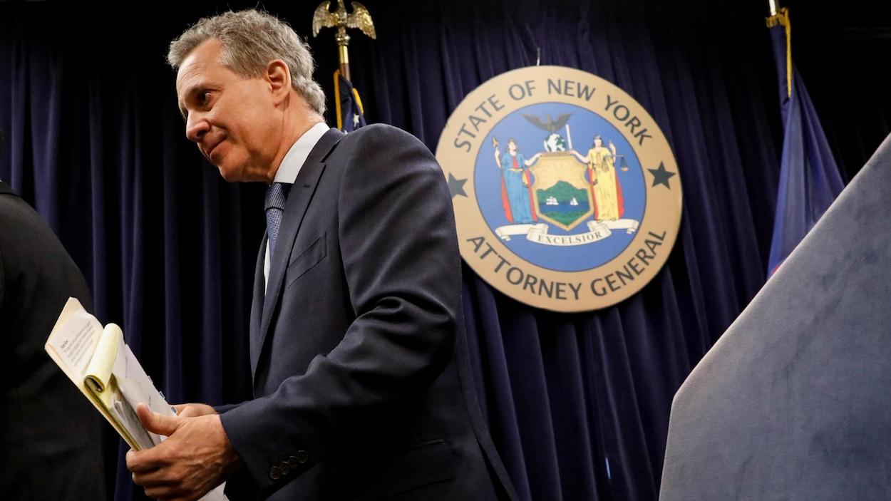 Le procureur général de New York accusé d'agression sexuelle