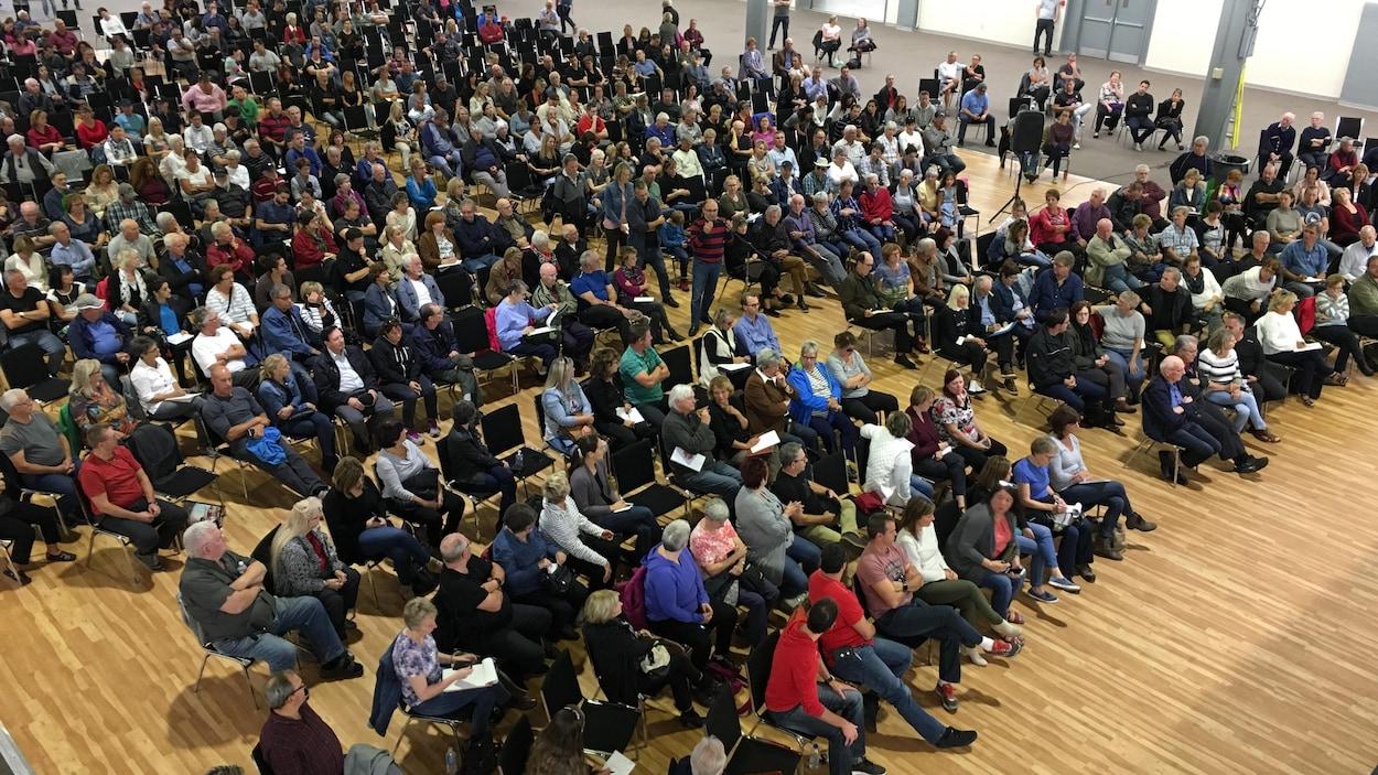 Près de 500 personnes ont assisté à une rencontre d'information sur la pyrrhotite à Trois-Rivières.