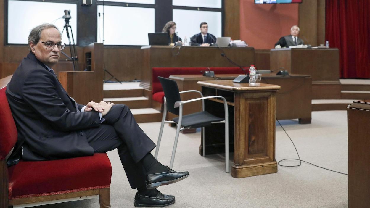 Catalogne: un tribunal espagnol révoque le président indépendantiste Quim Torra