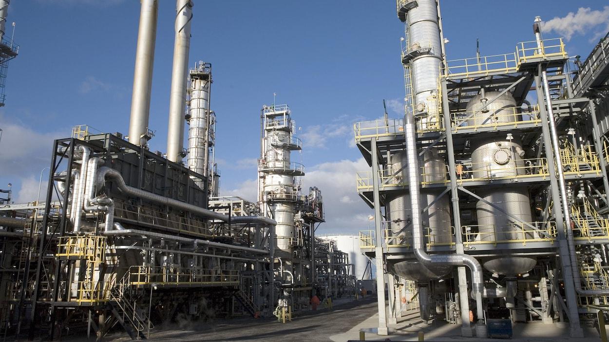La raffinerie de Suncor à Montréal-Est