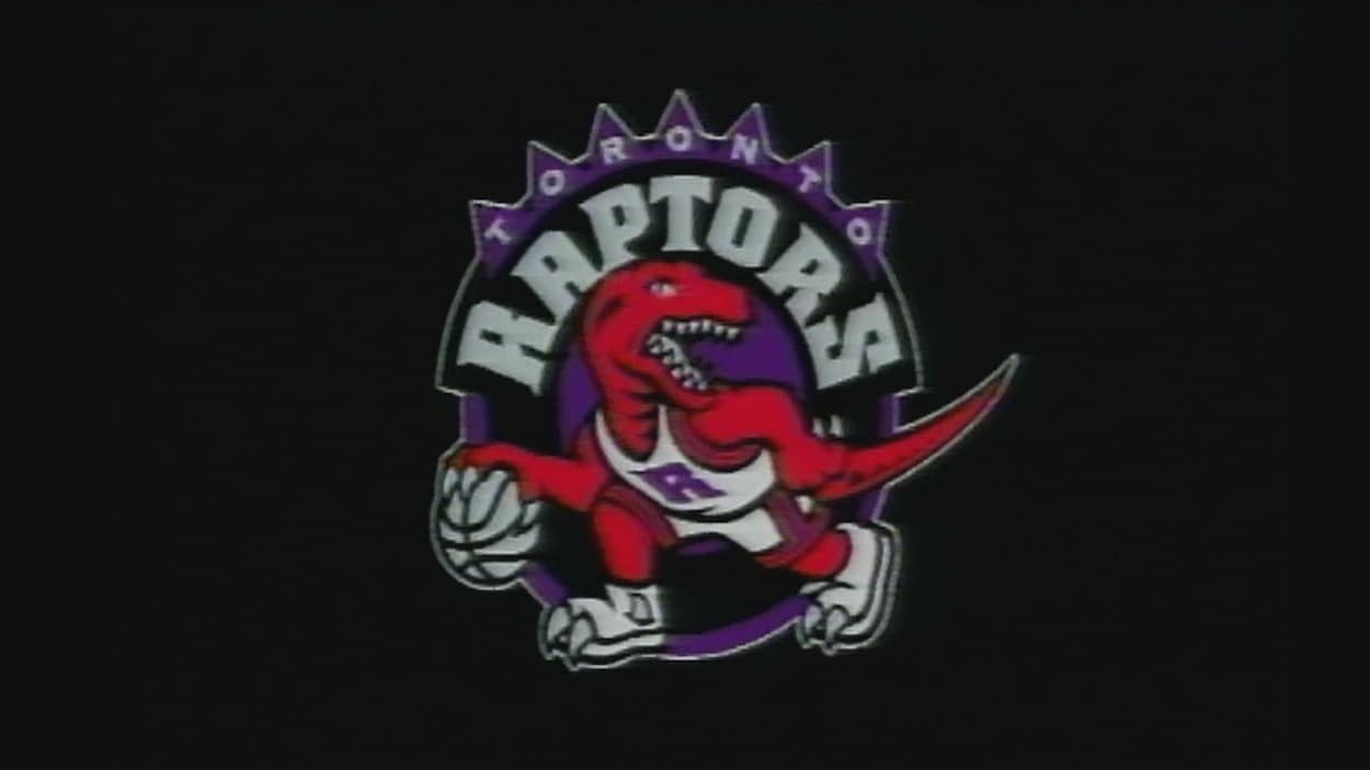 Le logo original montre un  vélociraptor rouge en uniforme de basketball en train de dribler sur fond mauve.
