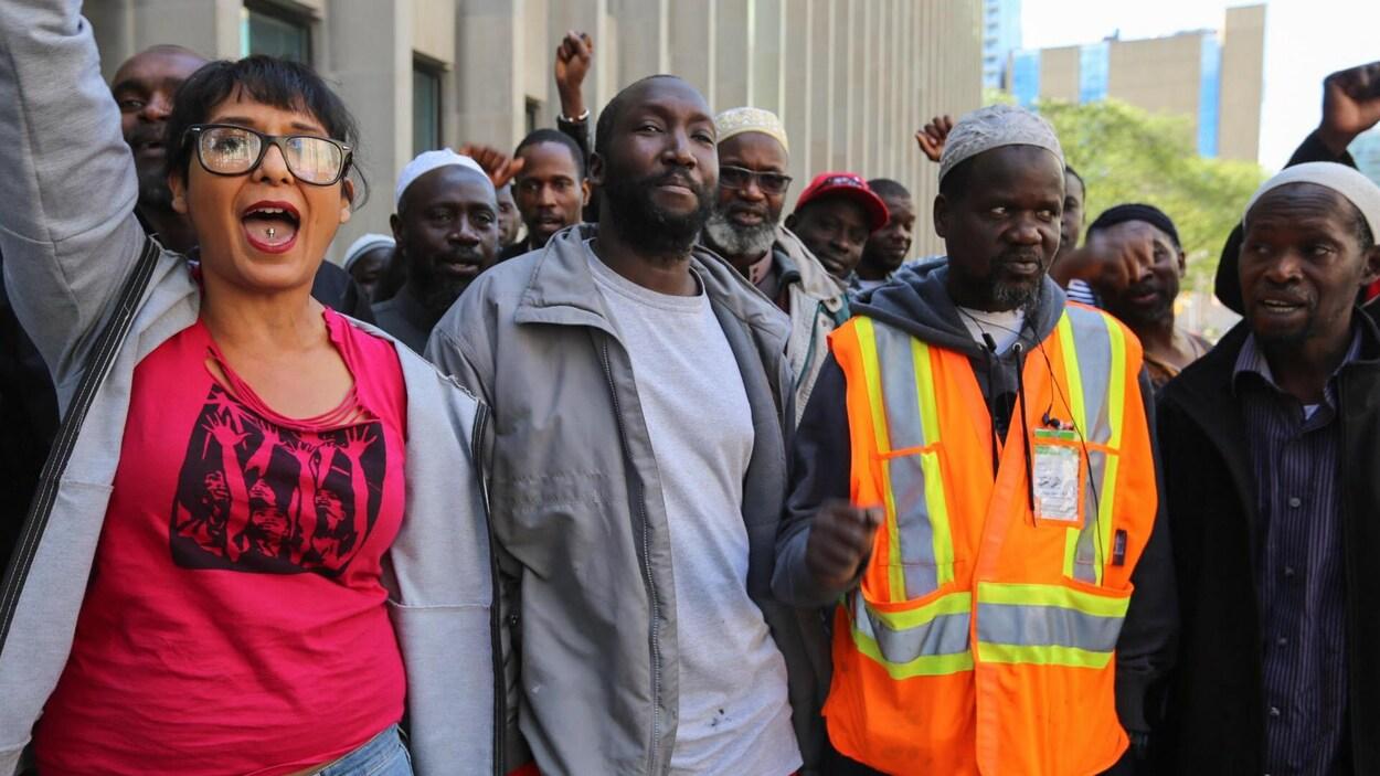 Une trentaine de personnes étaient venues appuyer Ibrahim Toure au tribunal.