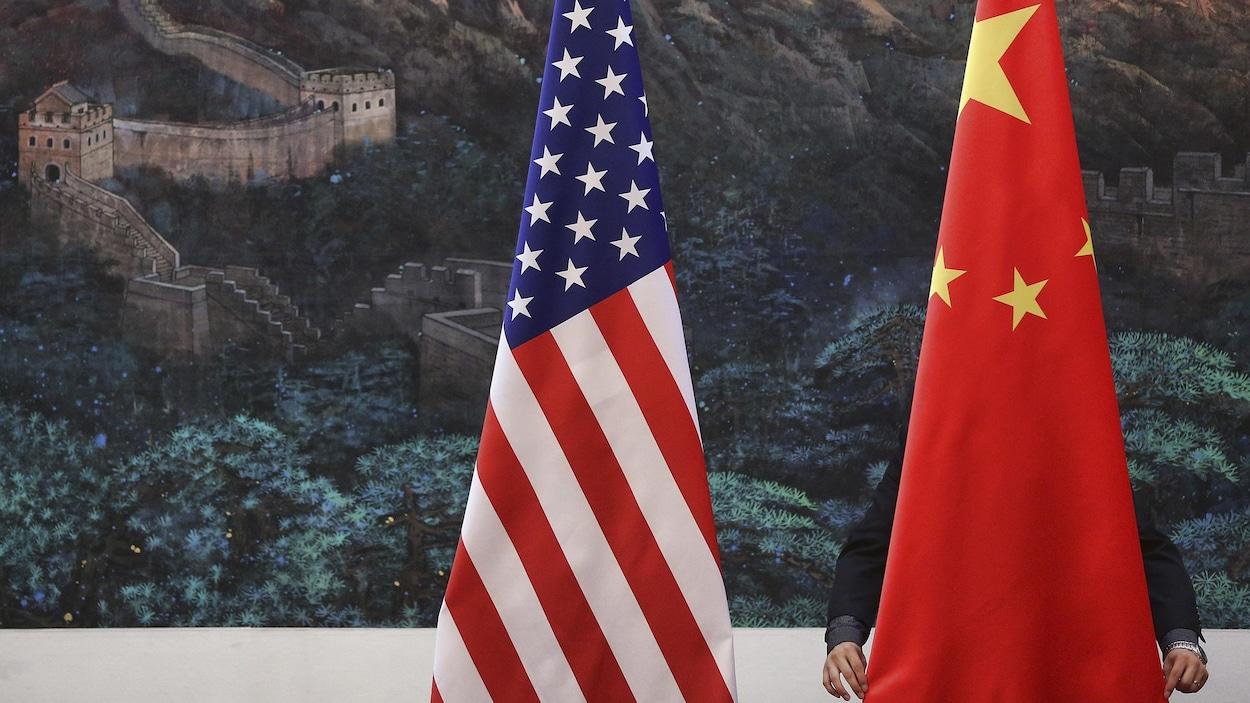 La Chine réplique aux USA — Guerre commerciale