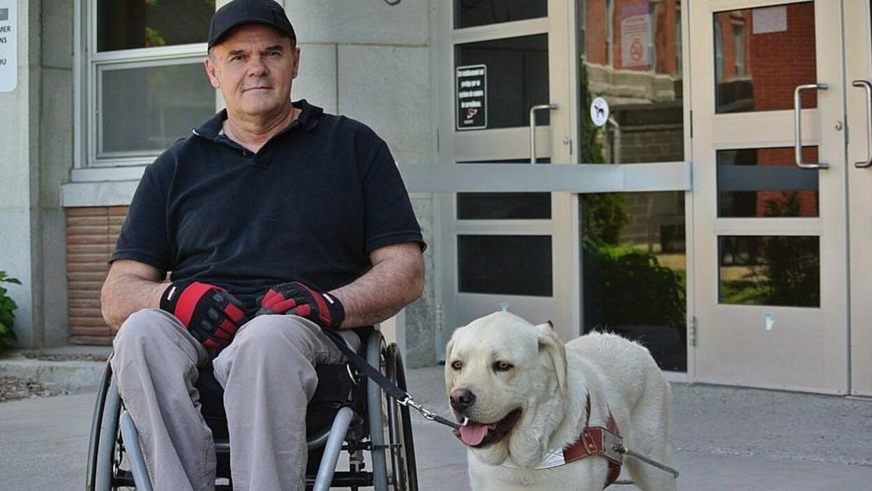 René Roy pourra être accompagné de son chien Rankine lors de ses visites à l'hôpital.
