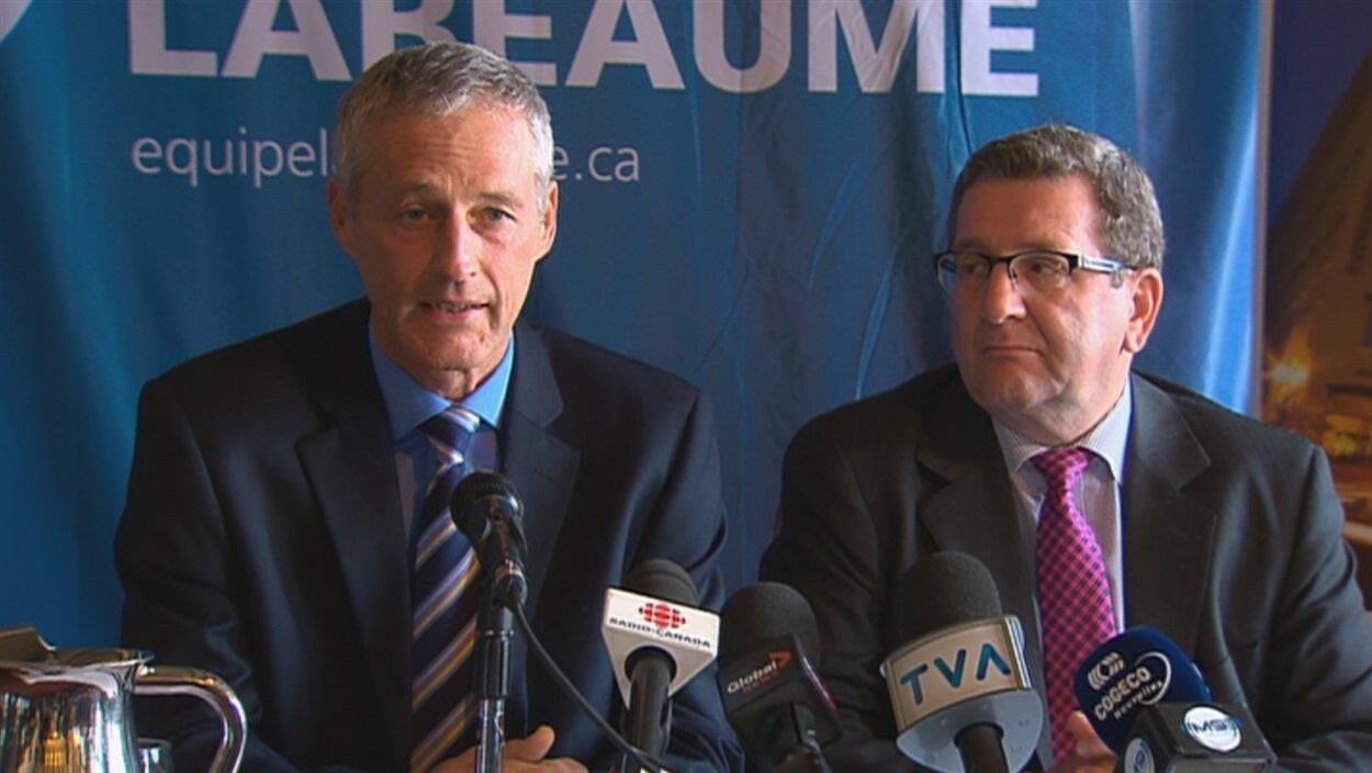 Richard Côté et Régis Labeaume lors d'un point de presse en 2013