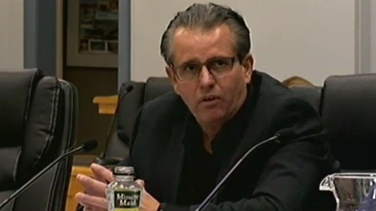 Le conseiller municipal Richard Dubeau