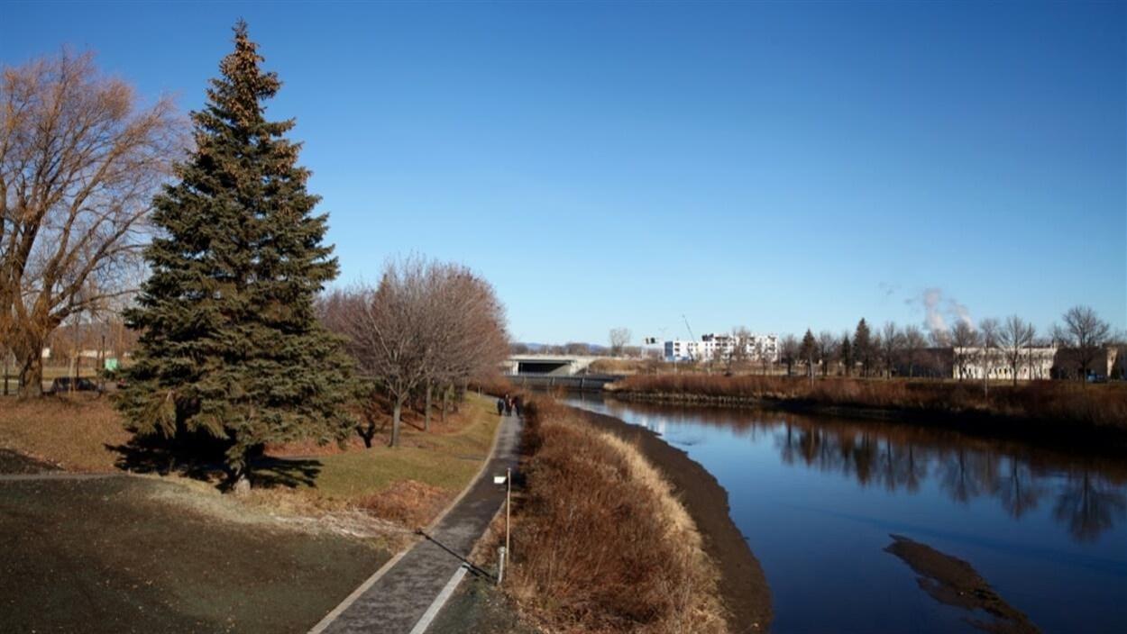 parc linéaire de la rivière Saint-Charles à l'automne