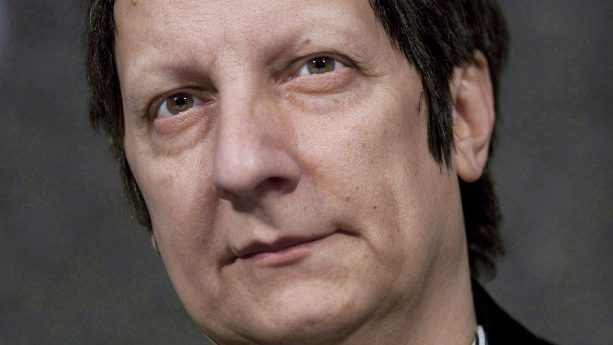 Portrait de Robert Lepage.