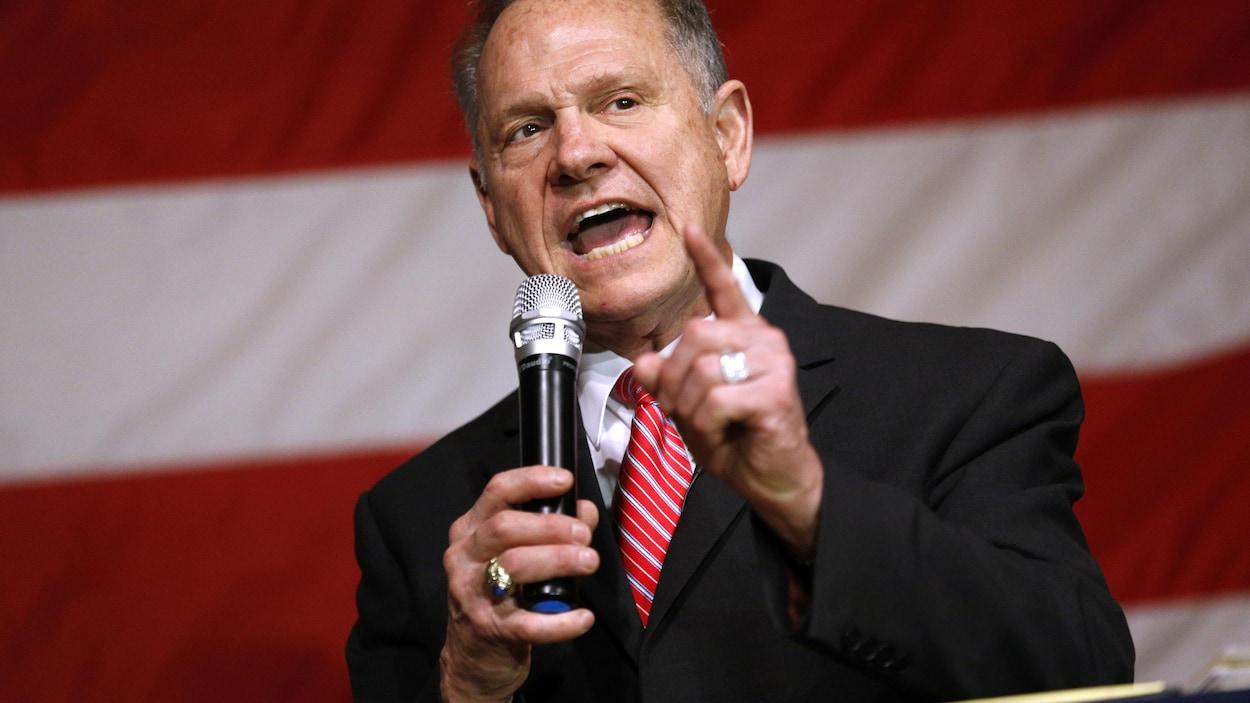 Donald Trump félicite Doug Jones, Moore refuse de reconnaitre sa défaite
