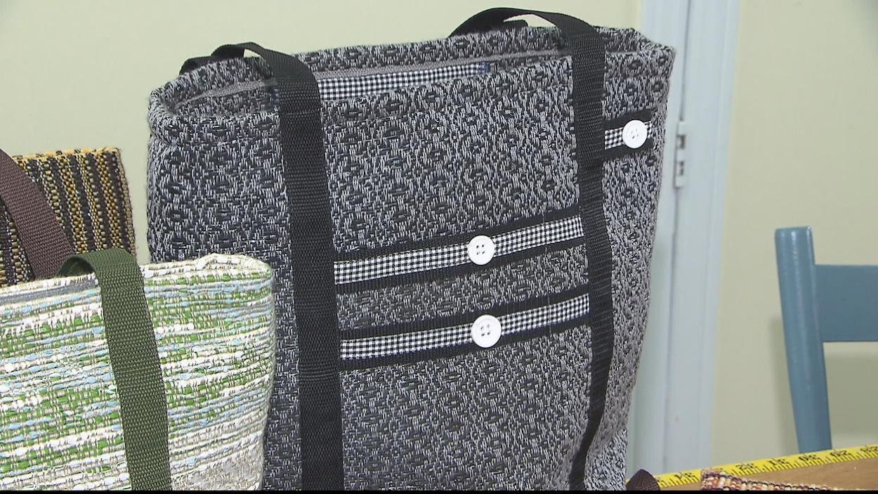 Des sacs originaux en plastique recyclé