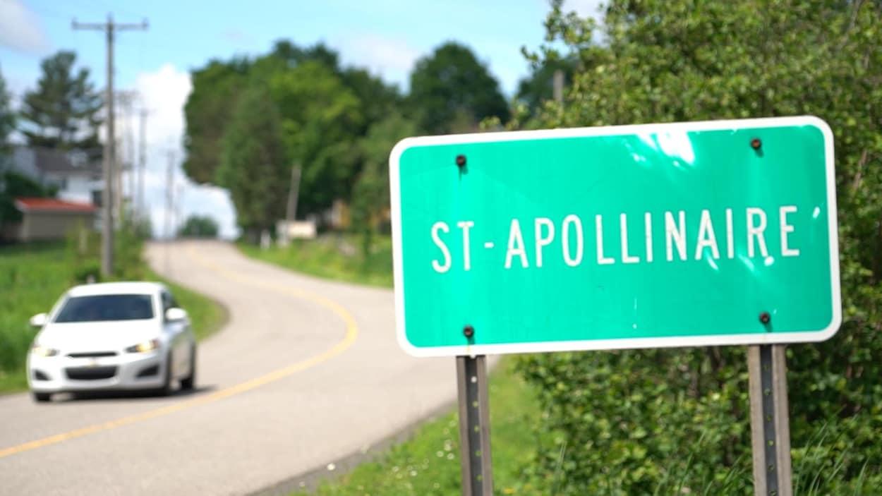Entrée du village de Saint-Apollinaire