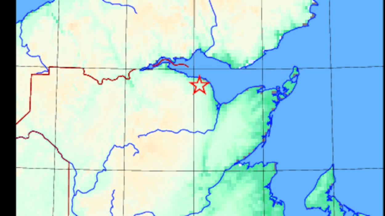 Une carte qui indique où est Petit-Rocher par une étoile.