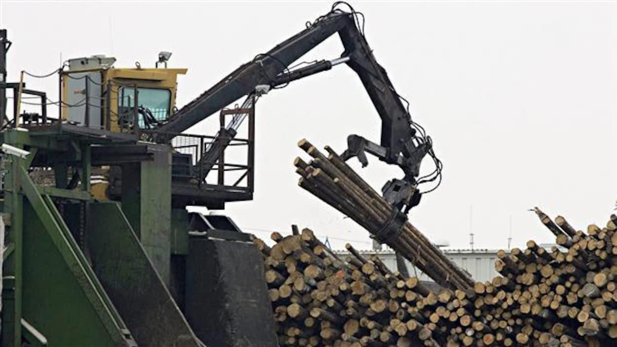 Installations de Produits forestiers Résolu à Senneterre