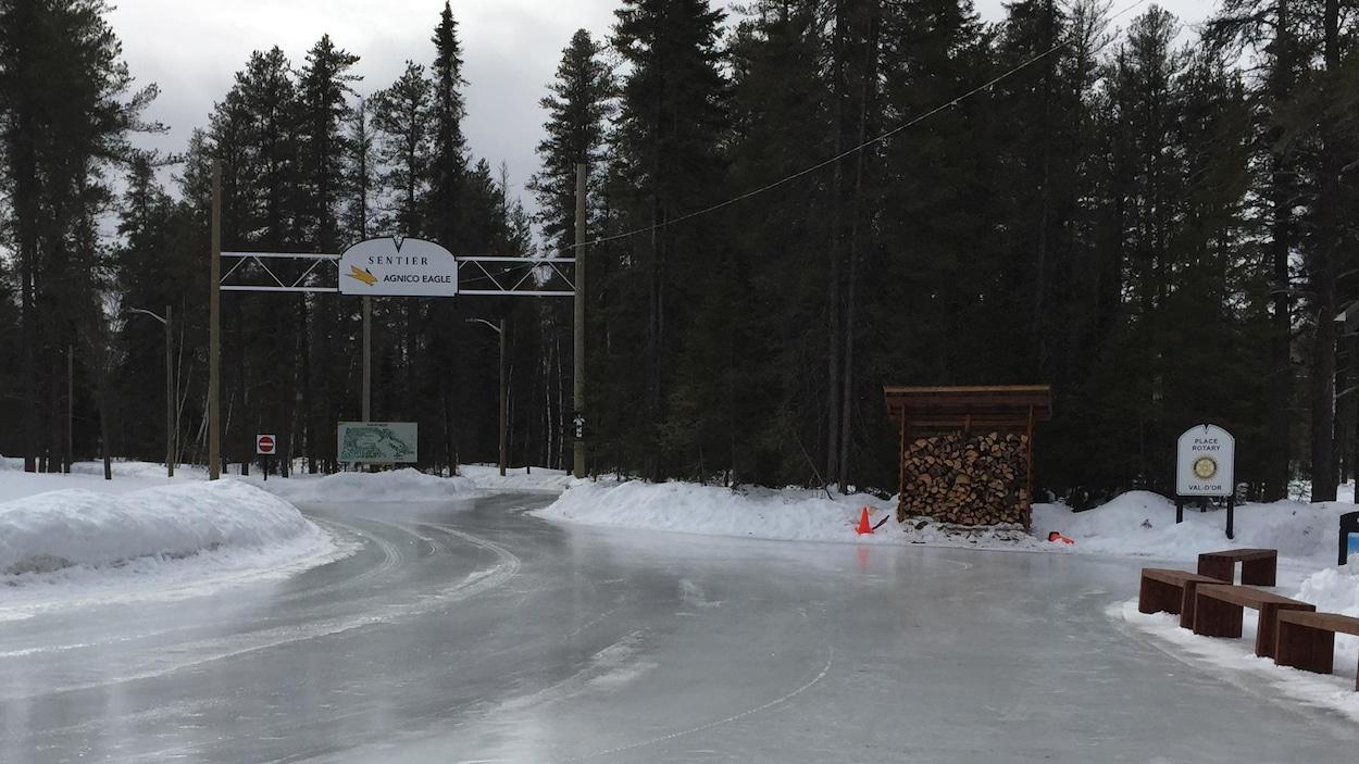 Sentier glacé Agnico-Eagle, Val-d'Or.