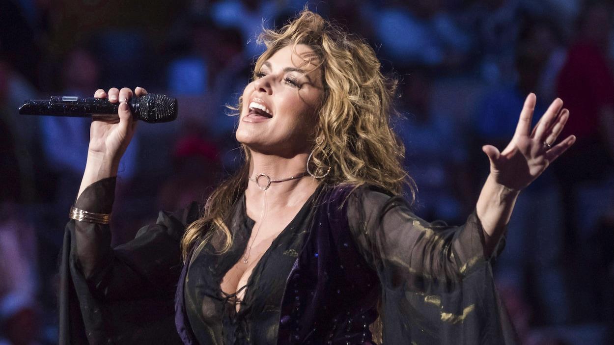 Shania Twain s'excuse d'avoir dit qu'elle aurait voté pour Donald Trump