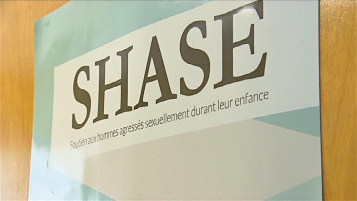 L'enseigne du SHASE vient en aide aux hommes agressés sexuellement durant leur enfance.
