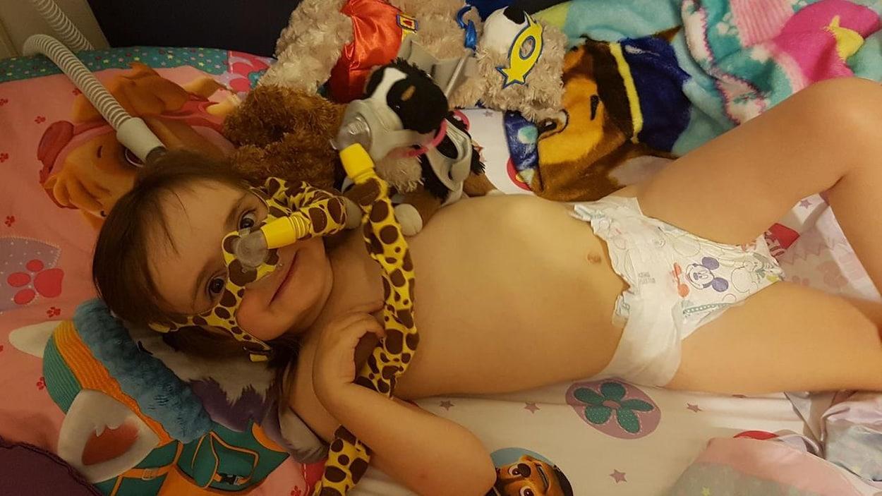Shekyna a été diagnostiquée à 18 mois d'une amyotrophie spinale de type 2.