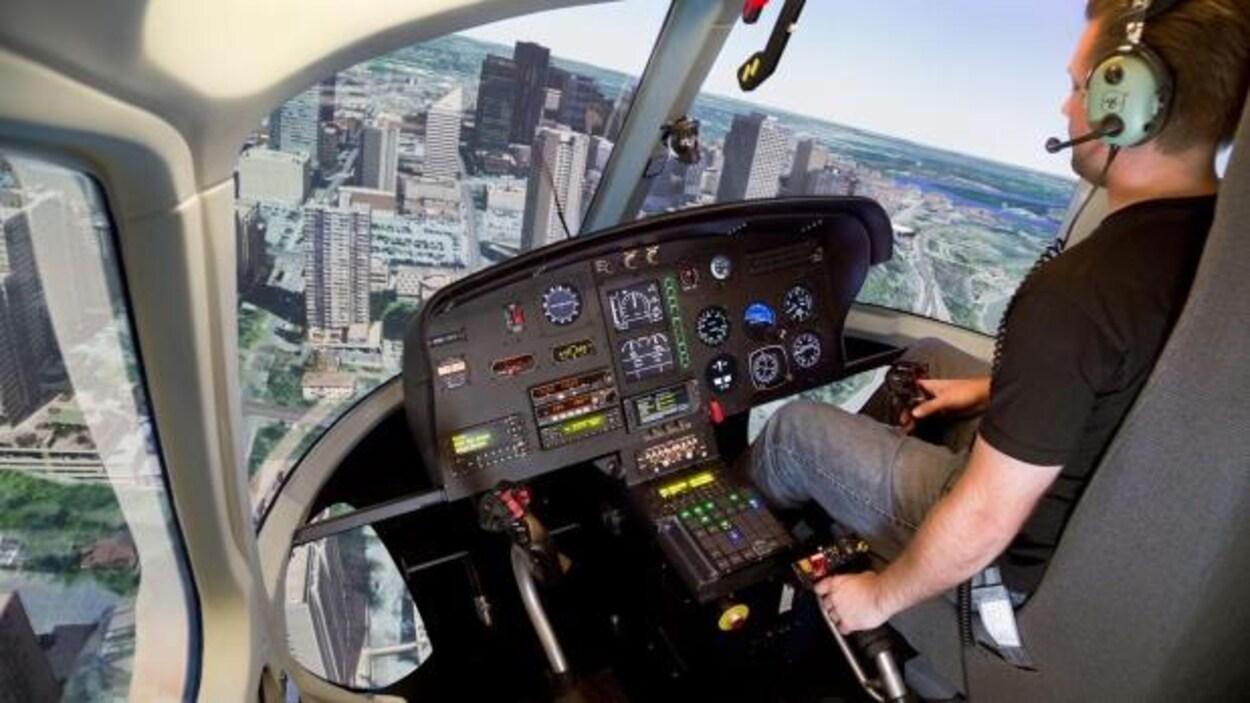 Quatre simulateurs de vols similaires feront partie du nouveau centre de formation de pilotes d'hélicoptères à Sudbury.