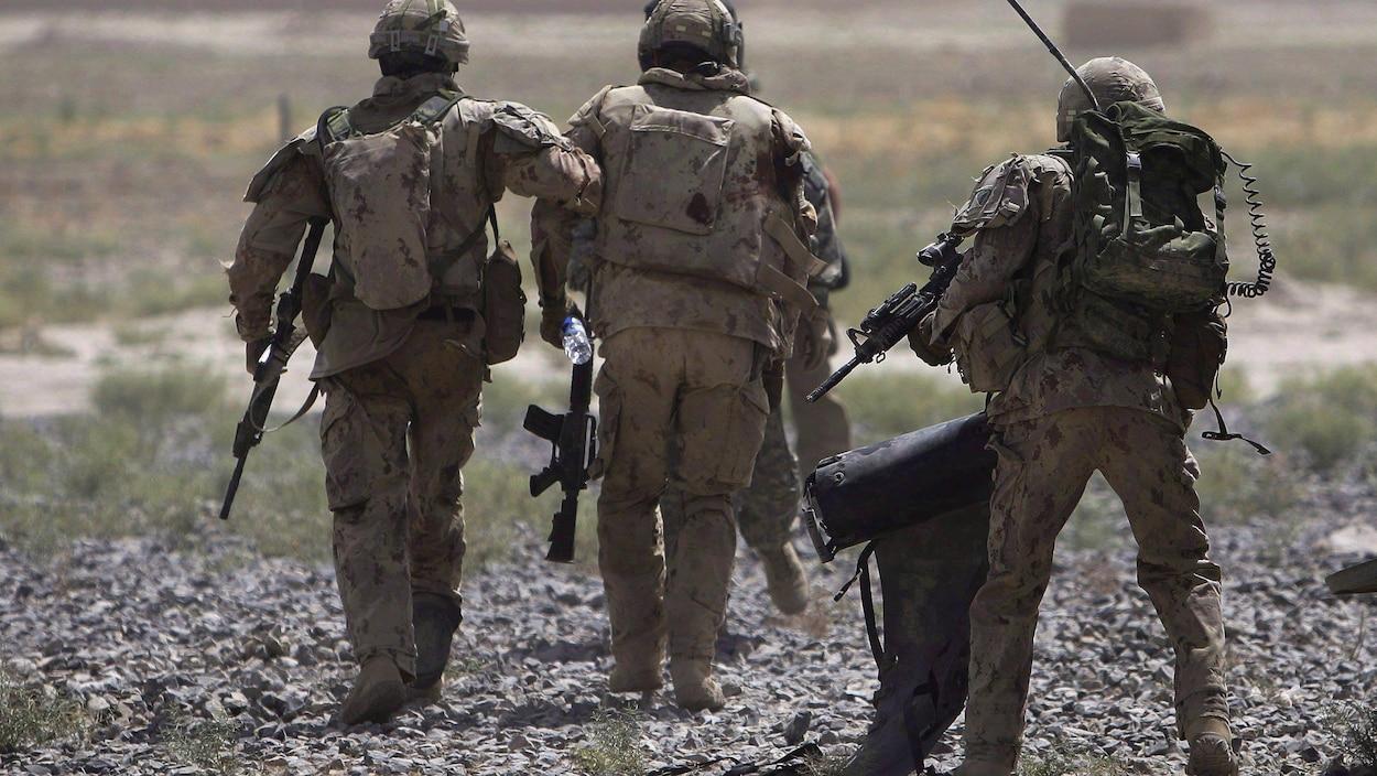 Des soldats canadiens en Afghanistan, en 2010.