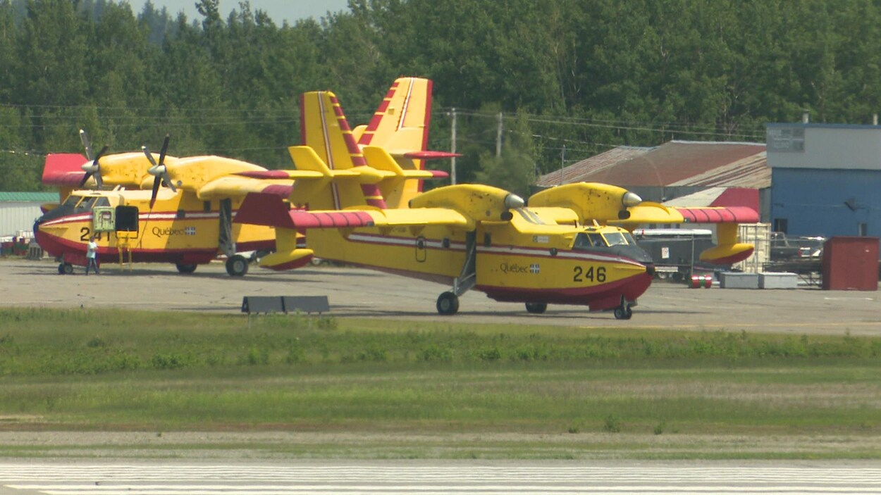 Des appareils de la SOPFEU sont basés à Val-d'Or.