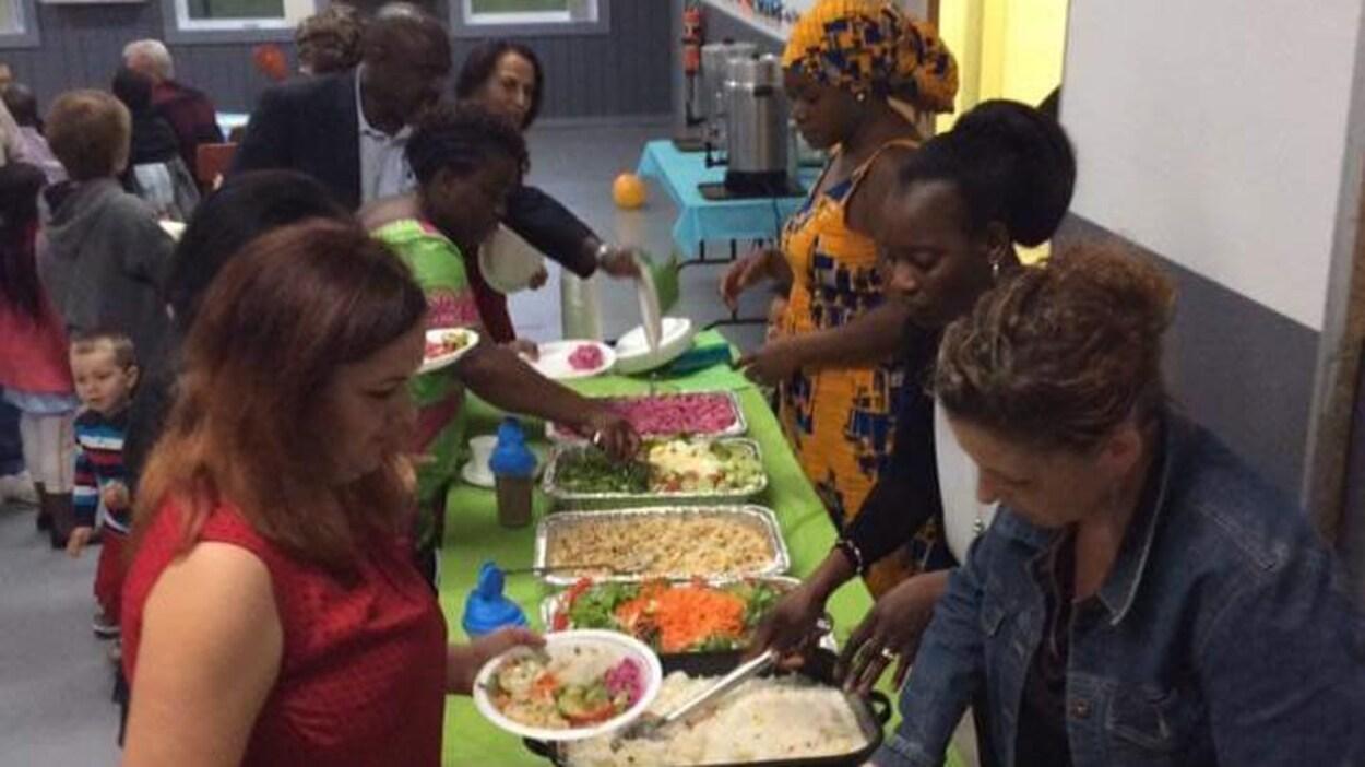 Un souper interculturel organisé à Lebel-sur-Quévillon.
