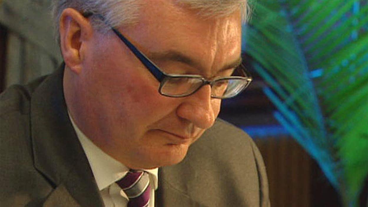 Stan Struthers, député de longue date, a également été ministre des Finances et de la Conservation