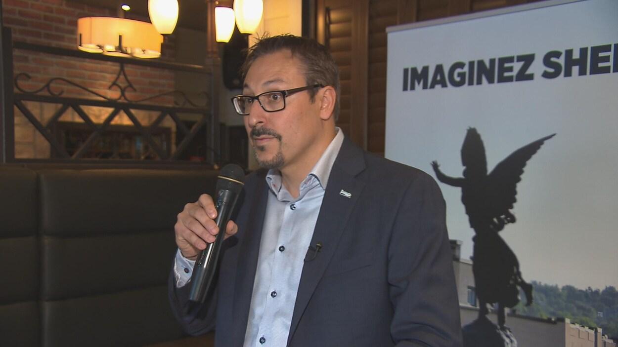 Le candidat indépendant à la mairie de Sherbrooke, Steve Lussier