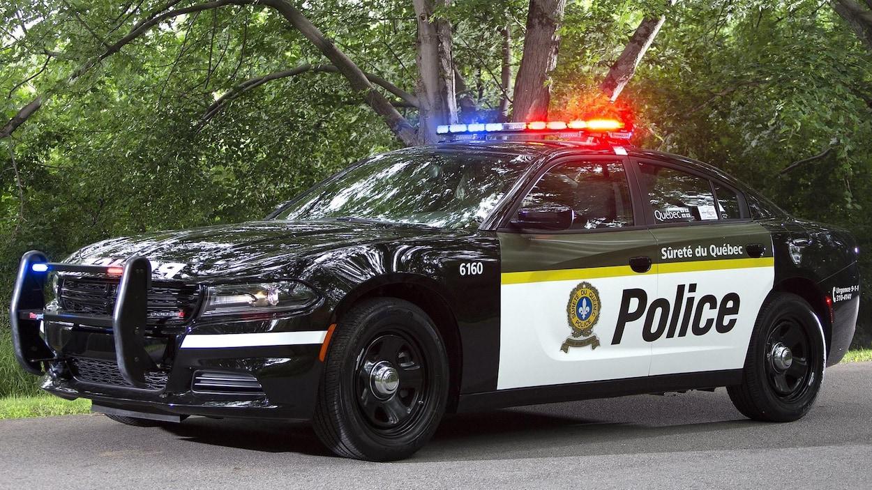 Les voitures de la sq changent d 39 apparence ici radio - Image de voiture de police ...