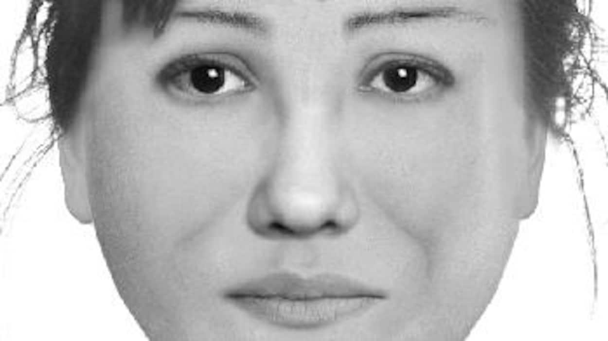 Une femme battue à coups de bâton — Invasion de domicile