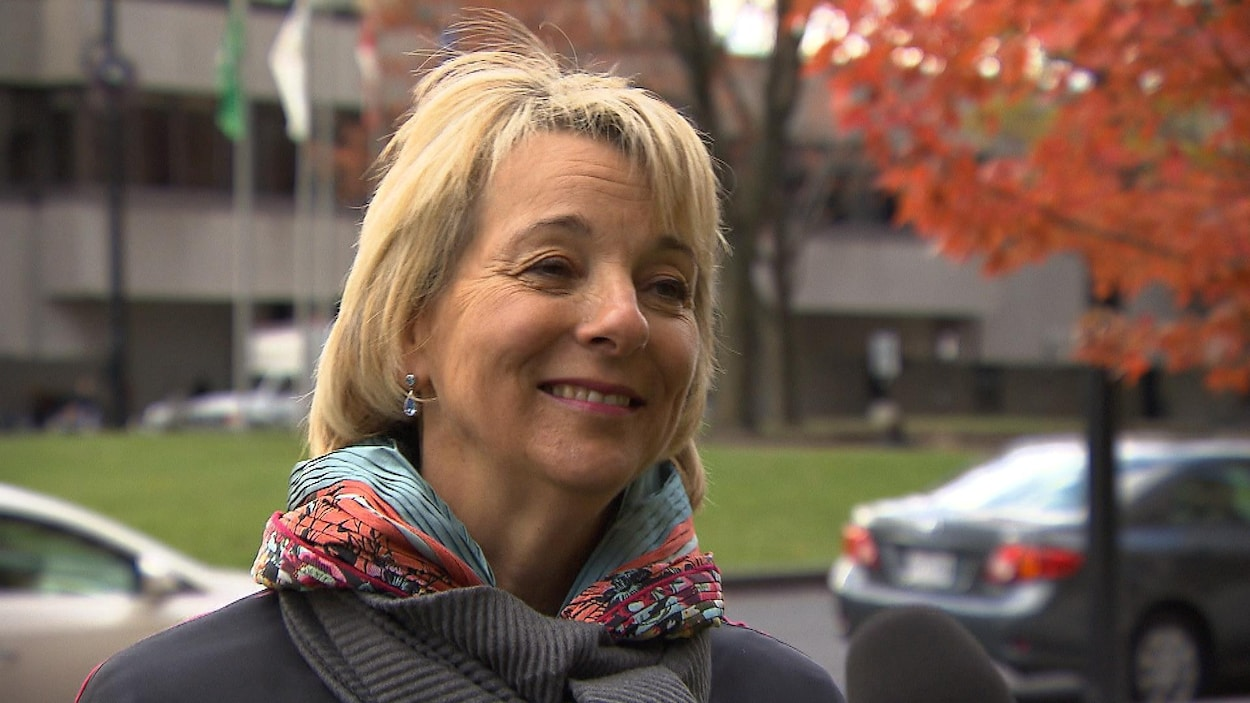 La mairesse de Longueuil Sylvie Parent.