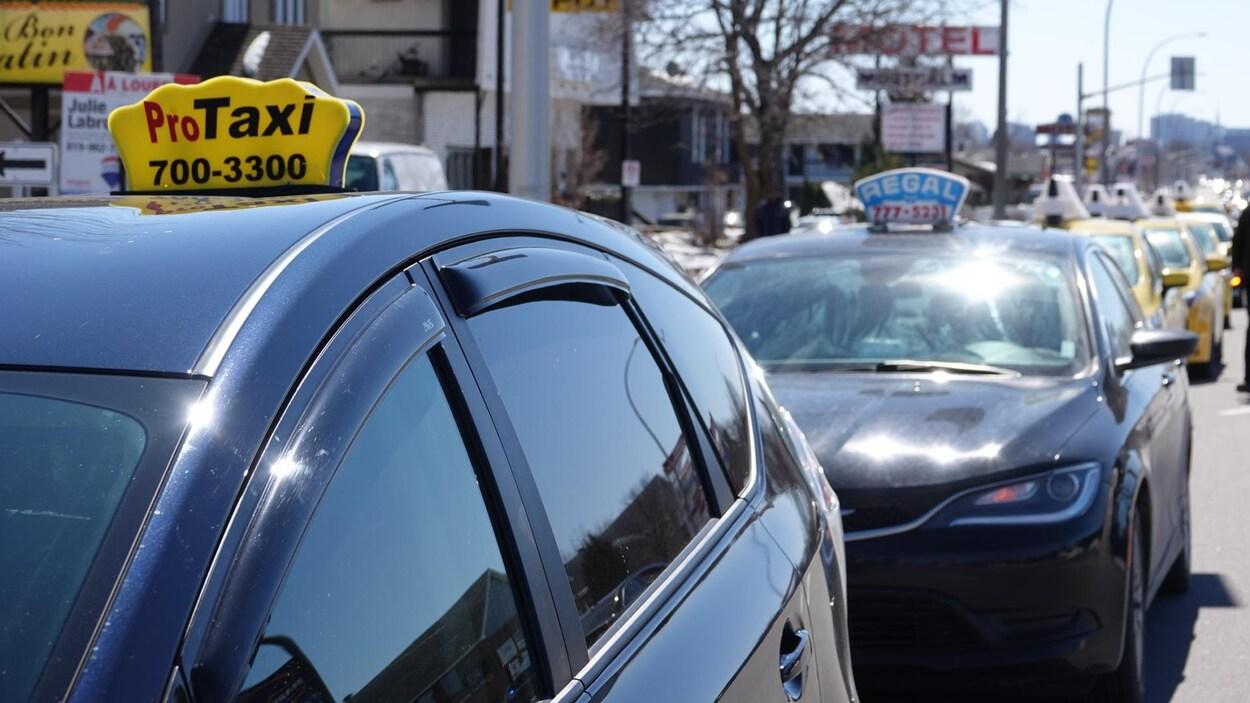 Chauffeurs de taxis en grève à Thetford