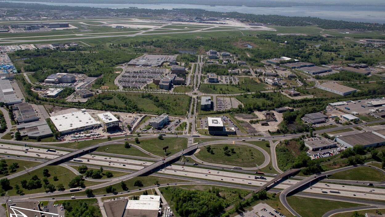 Vue aérienne du Technoparc de Montréal.