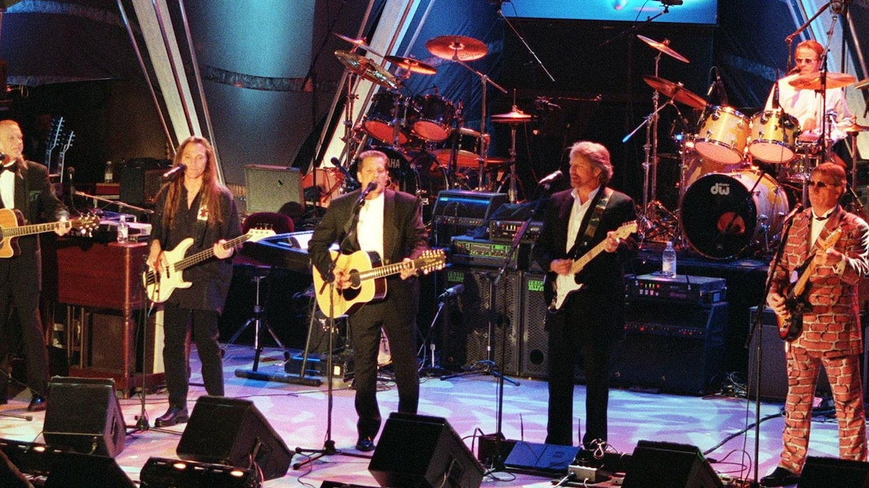 Les Eagles détrônent le Roi de la Pop