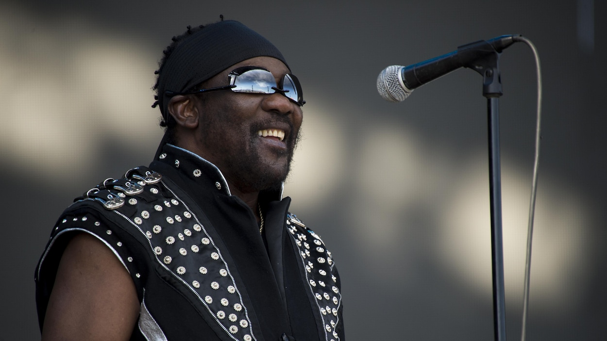 Le pionnier de la musique reggae meurt à 77 ans — Toots Hibbert