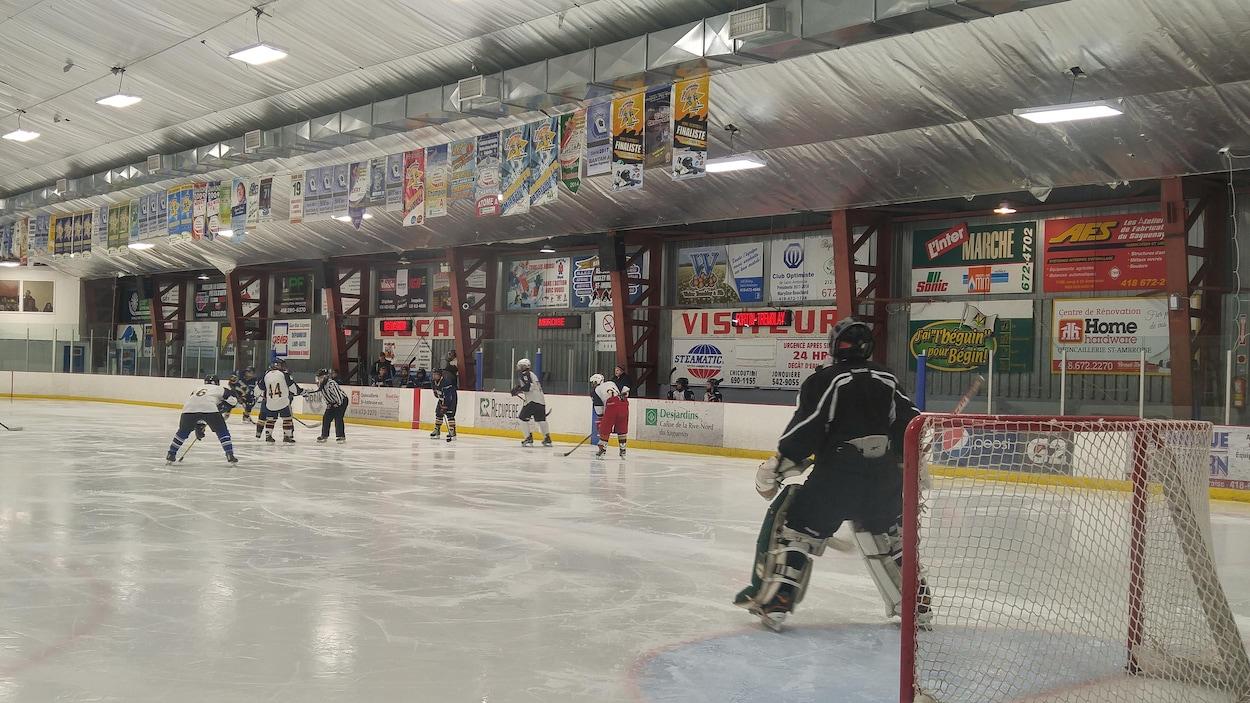 Une partie de hockey