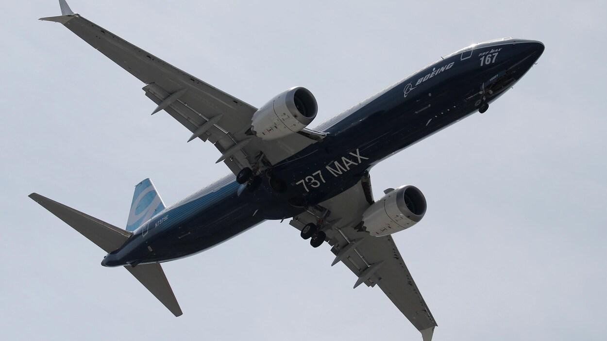 Un Boeing 737 MAX lors d'un vol de démonstration