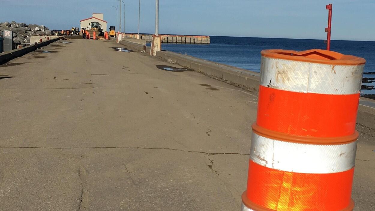 Les travaux au quai de Sainte-Anne-des-Monts reprendront ce printemps.