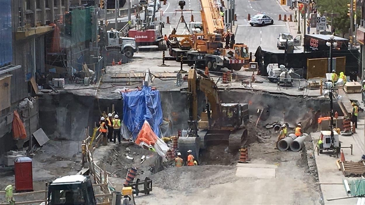 Le trou de la rue Rideau, à Ottawa (jour 5).