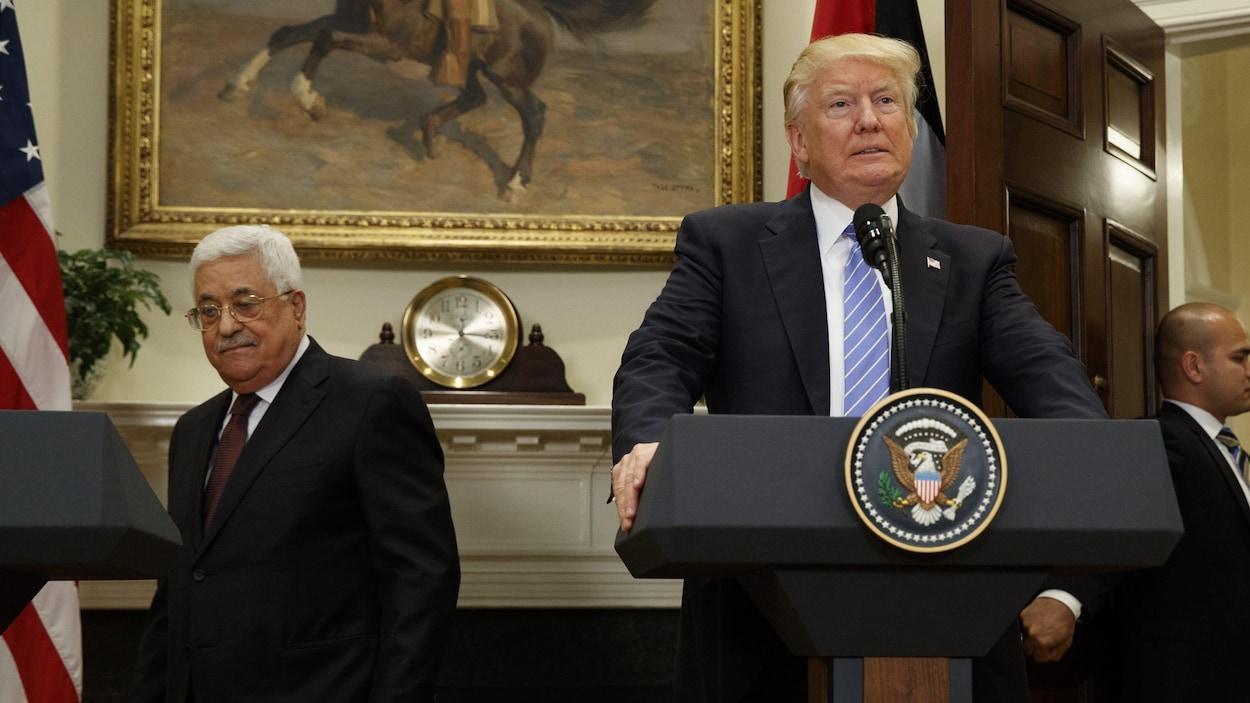 Le président américain Donald Trump et son homologue palestinien Mahmoud Abbas à la Maison-Blanche en mai dernier.