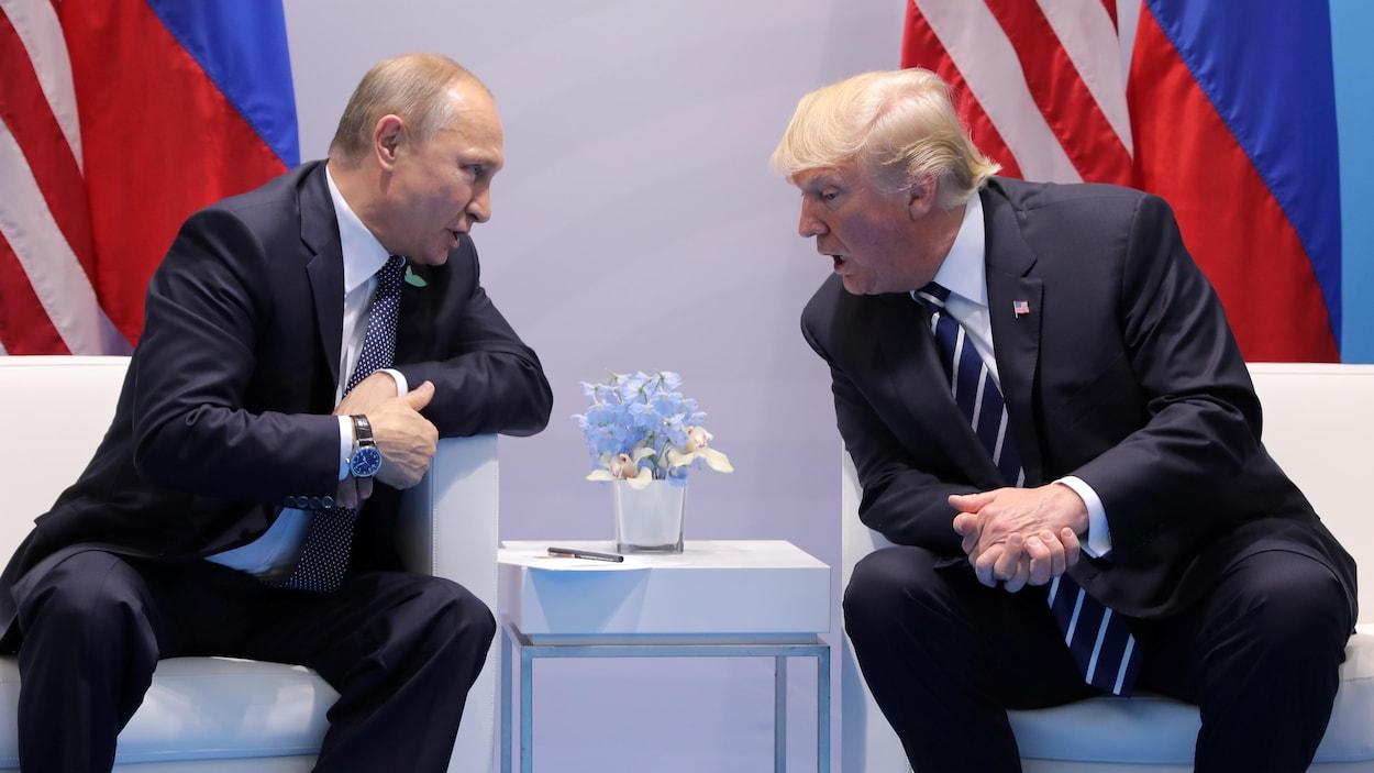 Les présidents de la Russie et des États-Unis, Vladimir Poutine et Donald Trump