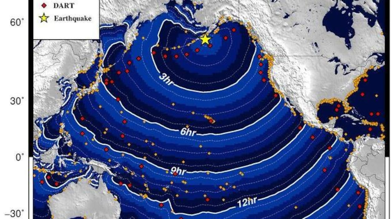 Une carte montrant le parcours possible du tsunami au cours des heures suivant le tremblement de terre.