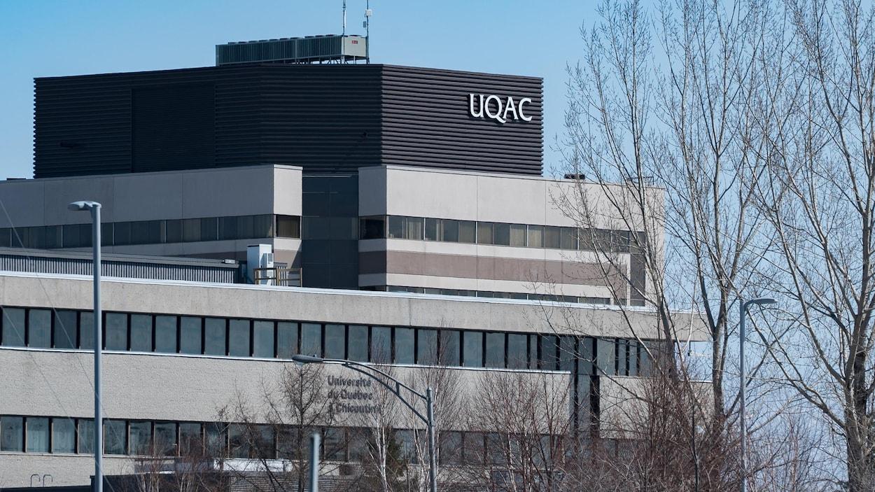 L'UQAC.
