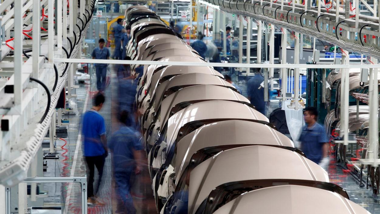 Une usine de fabrication de voitures en Chine.