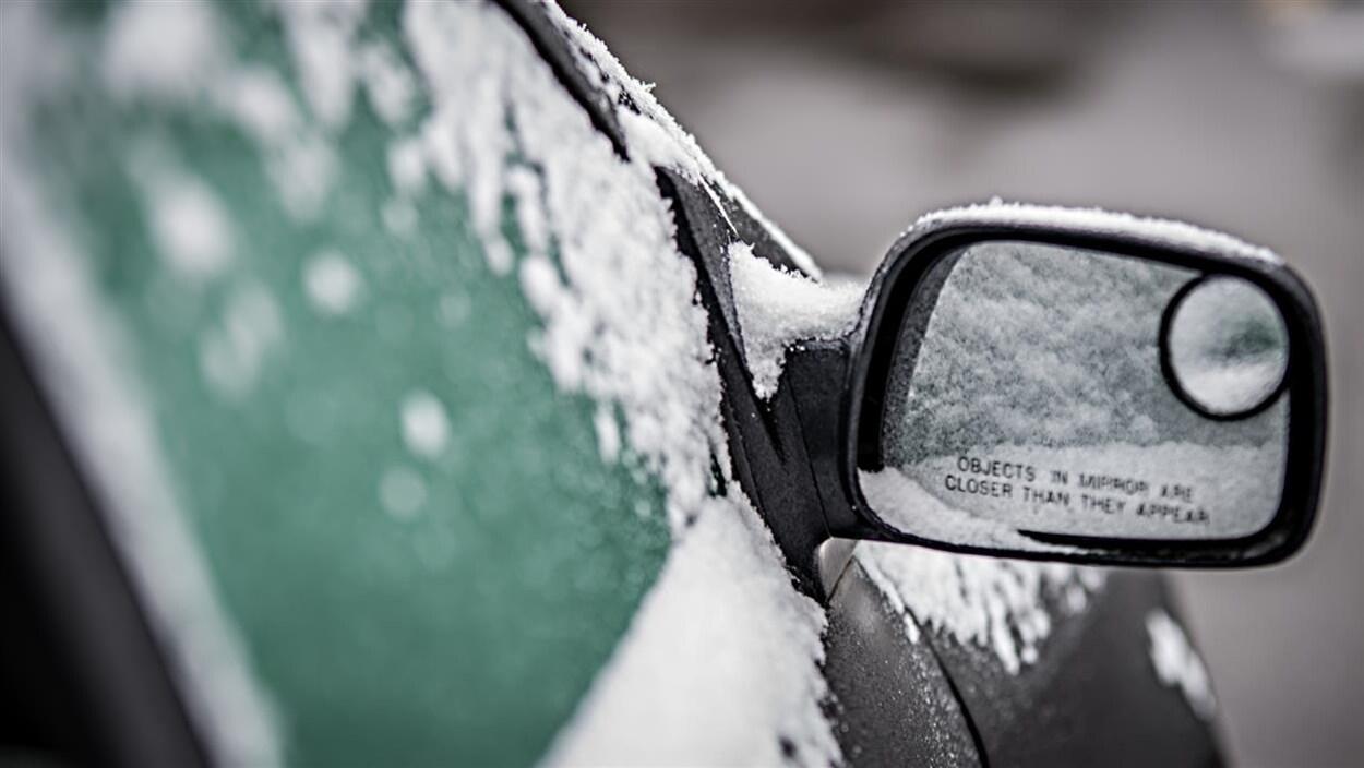 Pluie verglaçante et de 20 à 35 cm de neige attendus