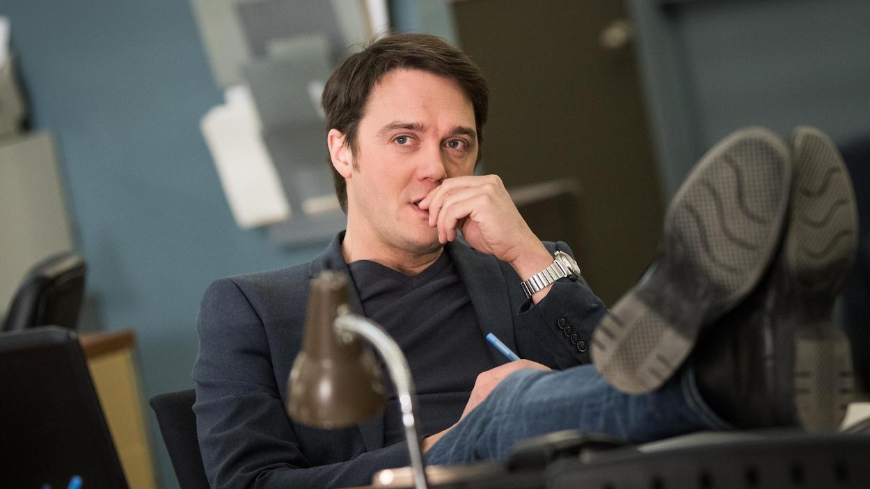 Vincent-Guillaume Otis dans une scène de « District 31 ».