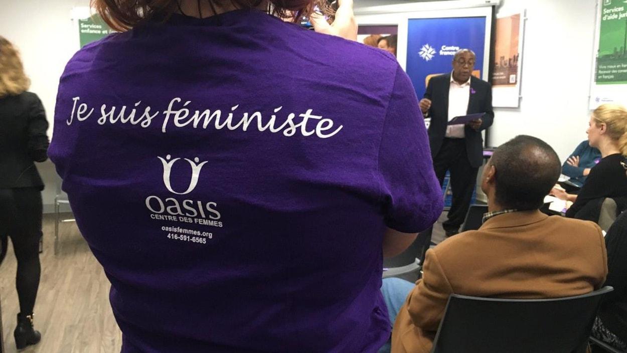 Au lancement de la campagne 16 jours d'activisme contre la violence faite aux femmes.