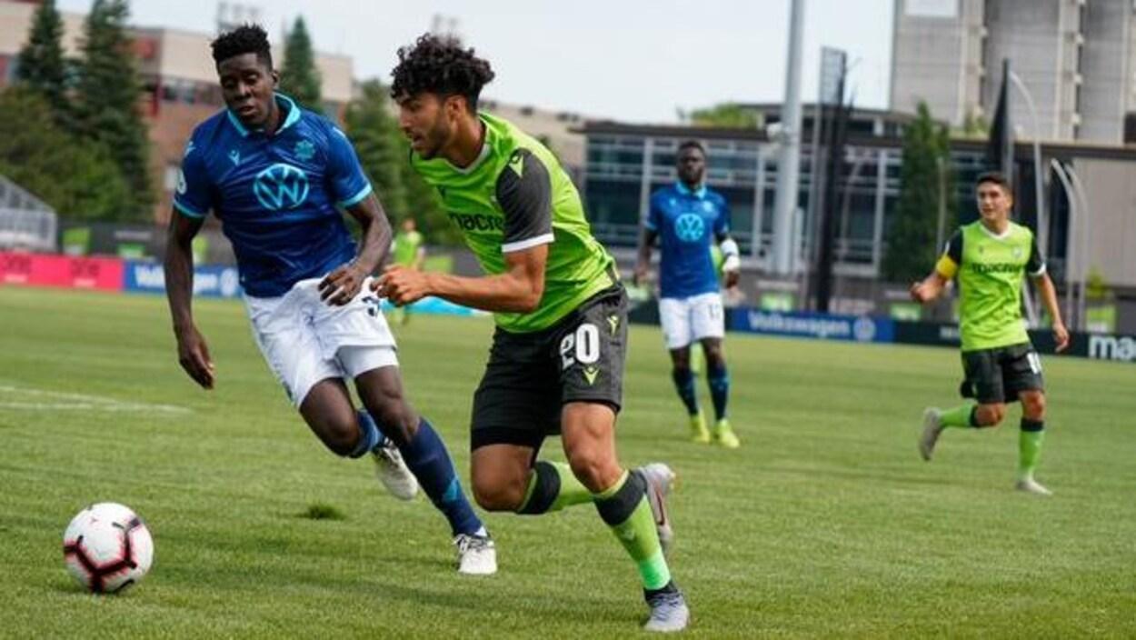 Joueurs des Wanderers en action lors du match du 27 juillet 2019.