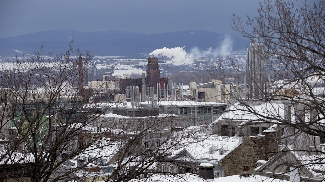 Usine White Birch à Québec en hiver