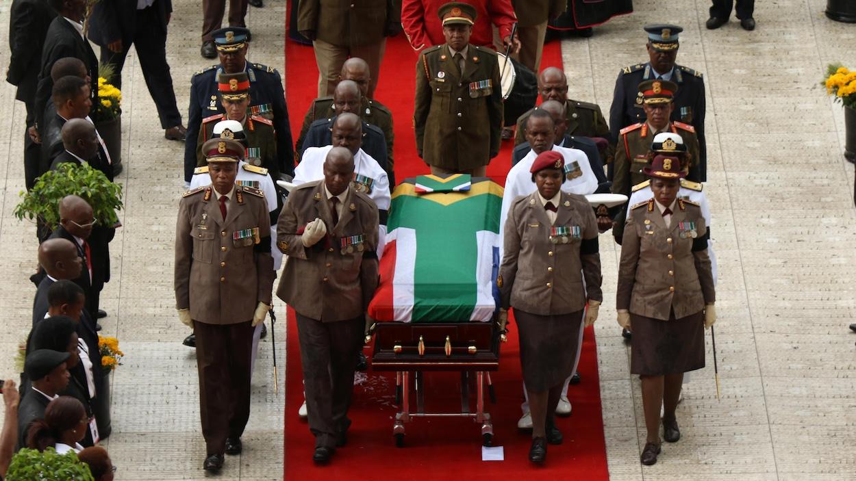 Winnie Madikizela-Mandela est morte le 2 avril à l'âge de 81 ans des suites d'une longue maladie.