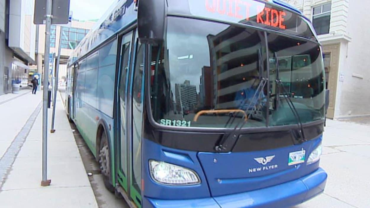 Un autobus de la Régie des transports de Winnipeg